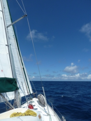 Sunshine and calm weather - shortly before we had to turn on the engine